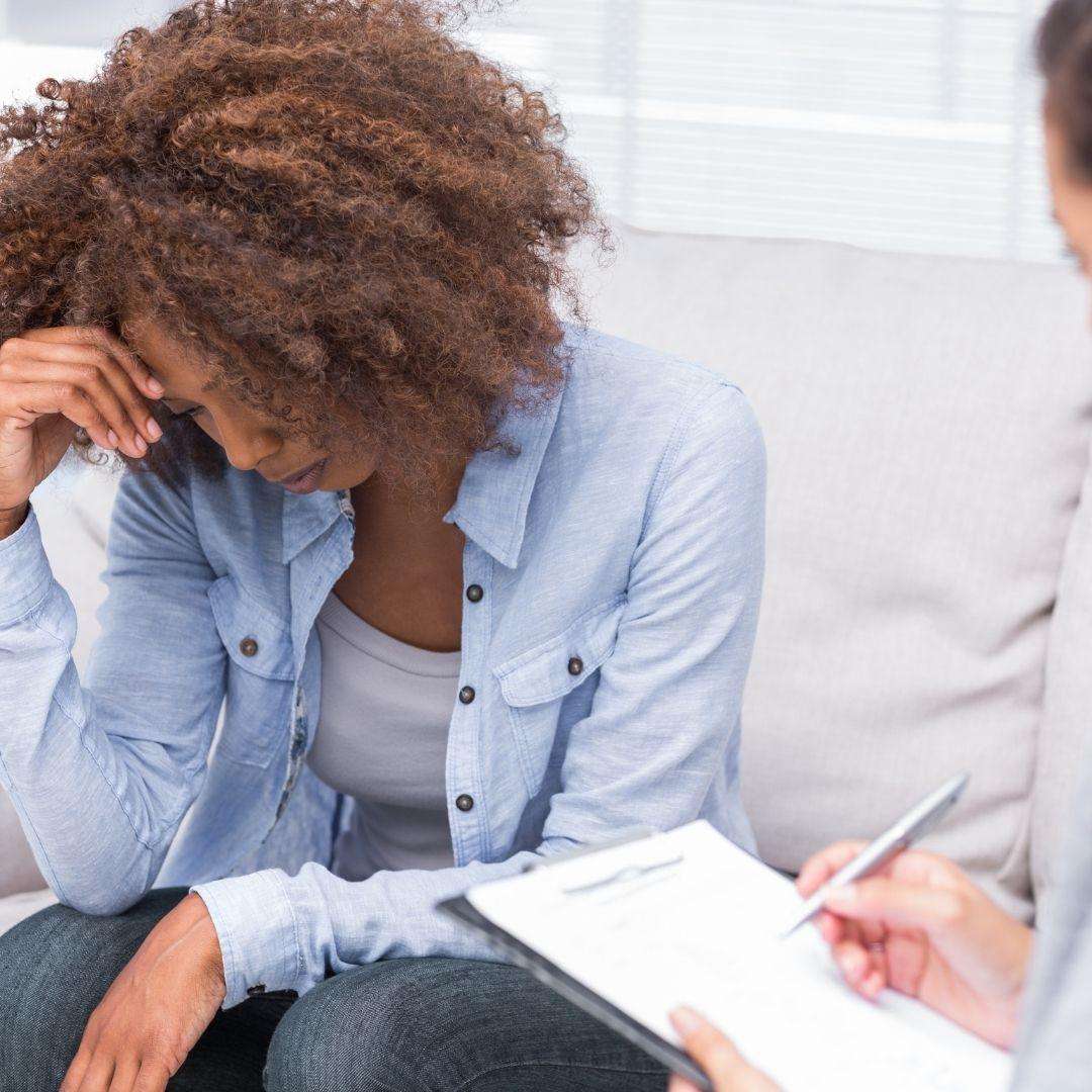 Seu corpo e mente sente os resultados imediatamente após uma sessão de terapia holística. É um benefício essencial para vida toda.